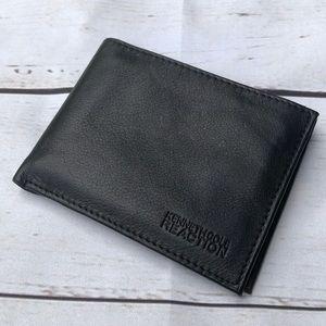Bags - Kenneth Kole Reaction Wallet